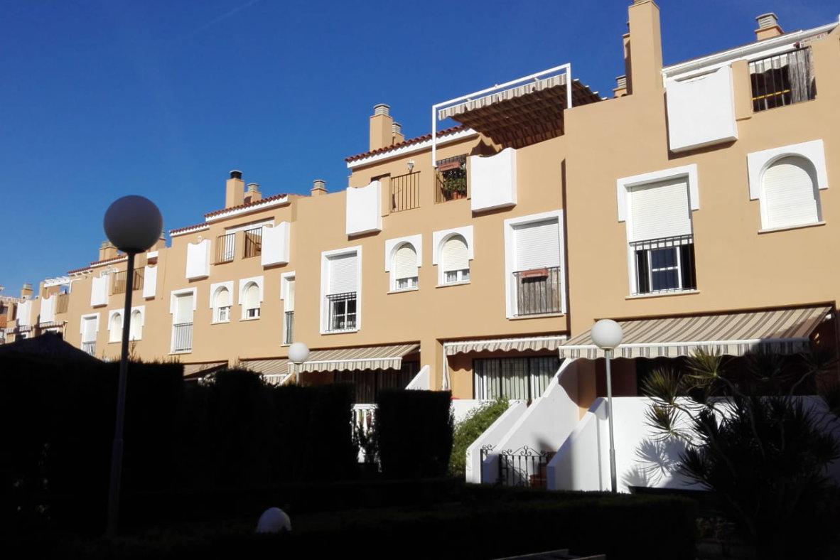 Rehabilitación de fachadas Playa Victoria nº 60